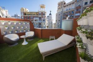 UN PASO MÁS CERCA DEL CIELO DE MADRID EN EL HOTEL MAYORAZGO